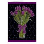 Tarjeta de nota púrpura de los tulipanes