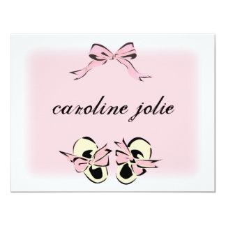 """Tarjeta de nota rosada dulce de los zapatos de invitación 4.25"""" x 5.5"""""""