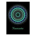 Tarjeta de nota verde viva de Namaste de la mandal