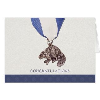 Tarjeta de plata de la enhorabuena del castor