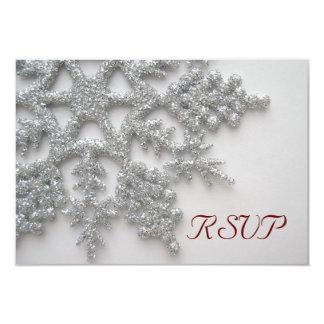 """Tarjeta de plata de RSVP de los copos de nieve Invitación 3.5"""" X 5"""""""