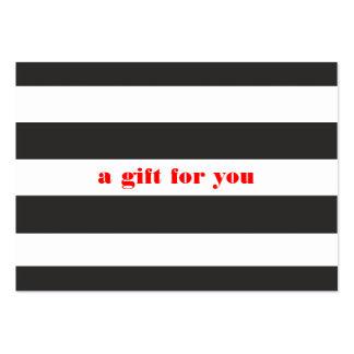 Tarjeta de regalo de vacaciones simple rayada blan plantilla de tarjeta de visita