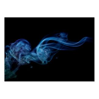 Tarjeta de visita azul moderna del humo