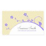 Tarjeta de visita con flores violeta y chevrón