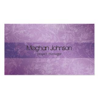 Tarjeta de visita de moda púrpura floral del