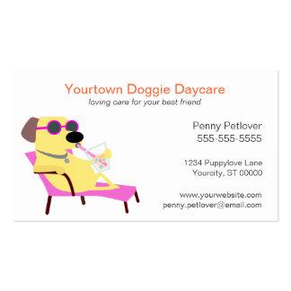 Tarjeta de visita del cuidado de día del perrito