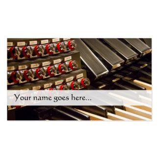 Tarjeta de visita del organista con los pedales