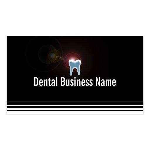 Tarjeta de visita dental de los dientes brillantes