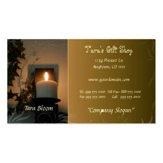 Tarjeta de visita iluminada por velas