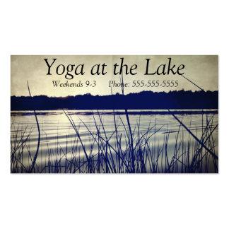 Tarjeta de visita inspirada retra del lago meditat