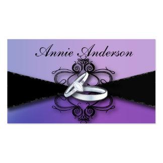 Tarjeta de visita negra púrpura elegante del plani