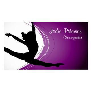 Tarjeta de visita púrpura de la silueta del salto