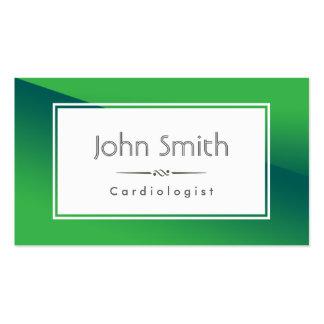 Tarjeta de visita verde abstracta del cardiólogo