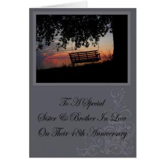 Tarjeta del aniversario de la hermana y del cuñado