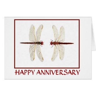 Tarjeta del aniversario de los pares de la libélul