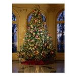 Tarjeta del árbol de navidad postal