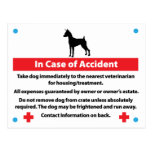 Tarjeta del cajón del perro en caso de urgencia postales