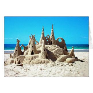 Tarjeta del castillo de arena de la playa de Noosa