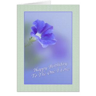 Tarjeta del cumpleaños del amante con la petunia