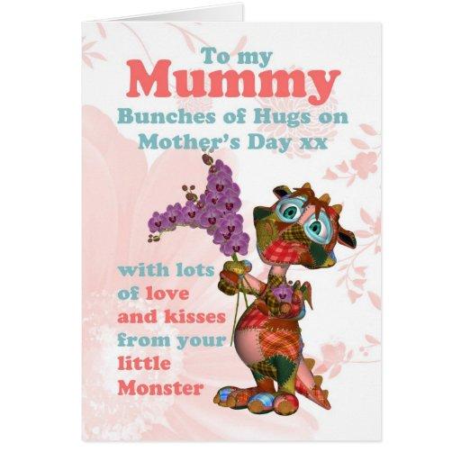 Tarjeta del día de madre de la momia con el pequeñ