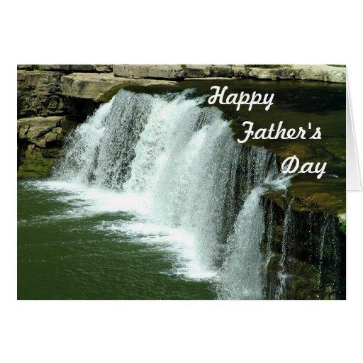 Tarjeta del día de padre de la cascada