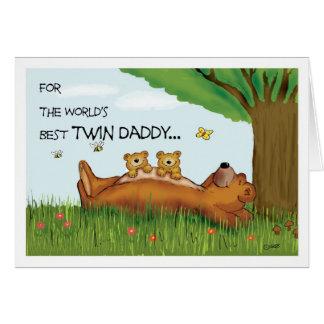 Tarjeta del día de padre para el papá gemelo - el