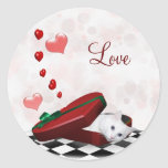 Tarjeta del día de San Valentín blanca del gatito Etiqueta Redonda