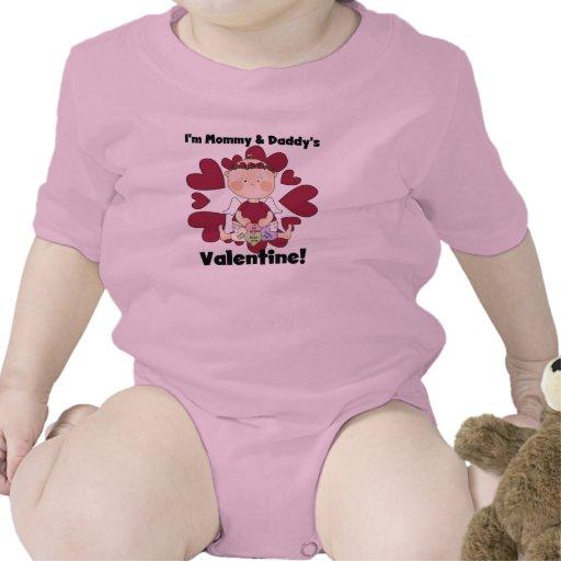 Tarjeta del día de San Valentín de la mamá y del p Traje De Bebé