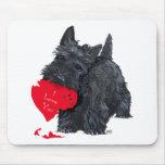 Tarjeta del día de San Valentín de Terrier del esc Alfombrillas De Ratones