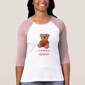 Tarjeta del día de San Valentín del oso de peluche Polera