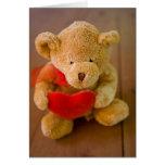 Tarjeta del día de San Valentín linda del oso de p