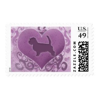 Tarjeta del día de San Valentín pequena púrpura de Sellos