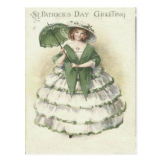 Tarjeta del día de St Patrick de la mujer del Postal