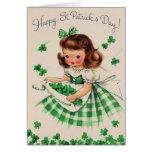 Tarjeta del día de St Patrick irlandés del chica d