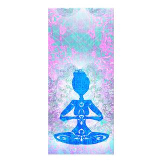 Tarjeta del estante de la yoga de la meditación plantilla de lona