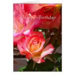 Tarjeta del feliz cumpleaños - color de rosa