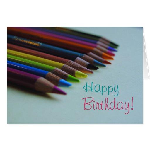 Tarjeta del feliz cumpleaños del lápiz coloreado