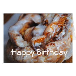 Tarjeta del feliz cumpleaños del rollo de canela