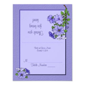 """Tarjeta del lugar de las petunias invitación 4.25"""" x 5.5"""""""