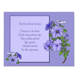 """Tarjeta del recinto de las petunias invitación 4.25"""" x 5.5"""""""