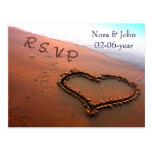 tarjeta del rsvp del boda de playa postal