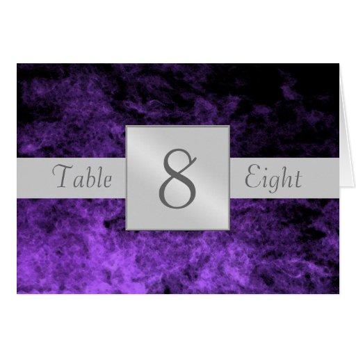 Tarjeta doblada número artístico púrpura de la tab