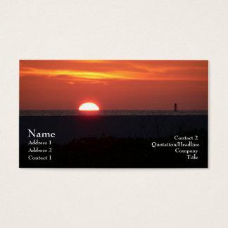 Tarjeta dominante del perfil de la puesta del sol tarjetas de visita