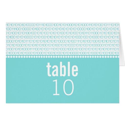 Tarjeta elegante de la tabla del boda del código b