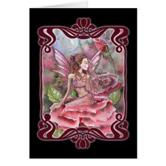 Tarjeta en blanco de hadas carmesí del rosa rojo
