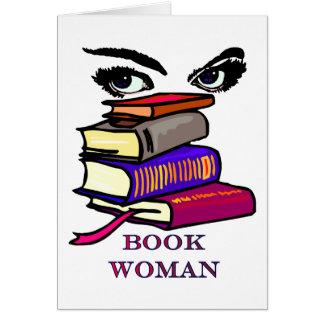 Tarjeta en blanco de la mujer del libro