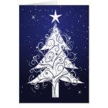 Tarjeta en blanco del árbol de navidad blanco del