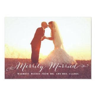 Tarjeta feliz casada del día de fiesta de la foto anuncios personalizados