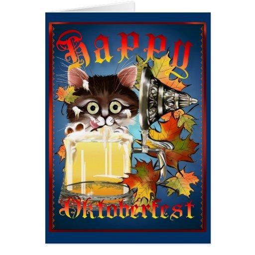 Tarjeta feliz del gatito de la cerveza de Oktoberf