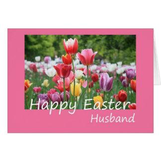 Tarjeta feliz del tulipán de Pascua del marido